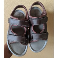 Rugged Bear Brown Arched Cutout Sandal - Boys